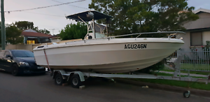 Big 20ft Centre CONSOLE Fishing Boat...