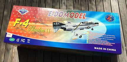 RC Plane (ARF) F4 Phantom II Jet by E-domodel