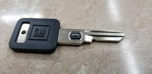 Genuine Gm Cadillac Key Blank #1 26019095 OEM NOS