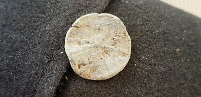 Nice early Medieval lead coin weight found in England in the 1970s L61f