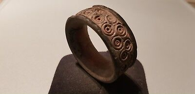 Exquisite Stunning V.R.Viking small fitting armlet please read description L44n