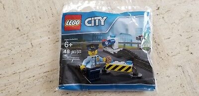 New Sealed 2017 Lego City Police Road Block Set 6182882 In Polybag
