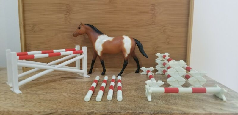 Breyer Paddock Pals/Little Bits Scale Jump, Cavaletti, Pole Set Horse Separate.