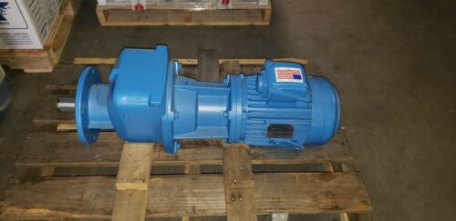 NORD HELICAL GEAR DRIVE with 5 hp TECO Westinghouse 230/460 V Motor.  New Unused