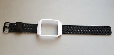 Sony SmartWatch 3 SWR50  WHITE Housing & Black Breathable Silicone Strap