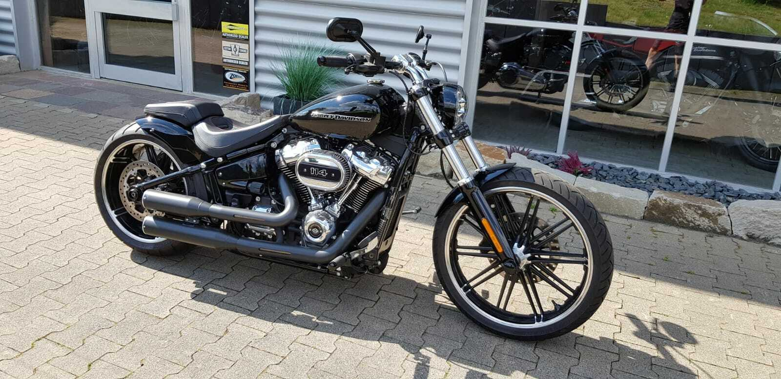 Frontfender Harley Breakout