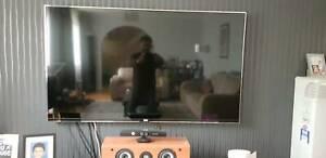 LG 60' LED Full HD 3D TV