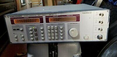 Rohde Schwarz Smy02 1062.5502.12 Signal Generator 9khz-2.080ghz