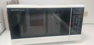 Sharp Microwave 1100W