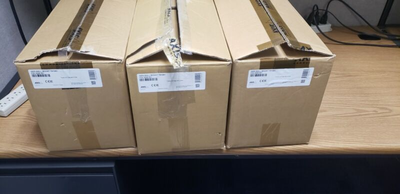 Axis Wall mount T91G61 - New - open box - surplus from large implementation