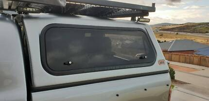 2004 Hilux canopy Howrah Clarence Area Preview