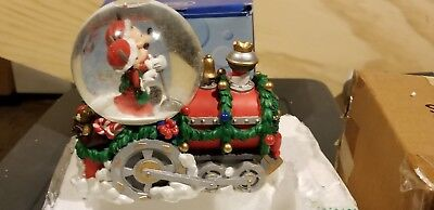 (New)1997 Disney Mickey & Minnie Christmas Train Snow globe