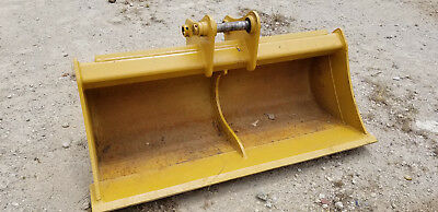 John Deere 190e 60 Clean-out Bucket Will Fit Other Sizes