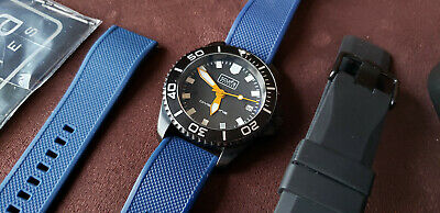 Scurfa Diver One 300m - 40mm Black PVD - Slightly Used - Two Straps - Dive Watch