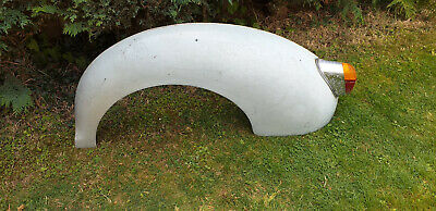 Morris Minor Rear Wing with rear light assy