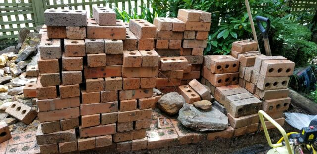 Free Bricks Pick Up From Katoomba Nsw 2780 Building