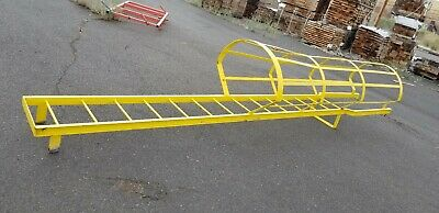 Vertical Ladder System Fall Protection 17 Ft 8 In High 20 34 In Wide