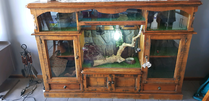 Reptile Cupboard suitable for Snakes or Lizards