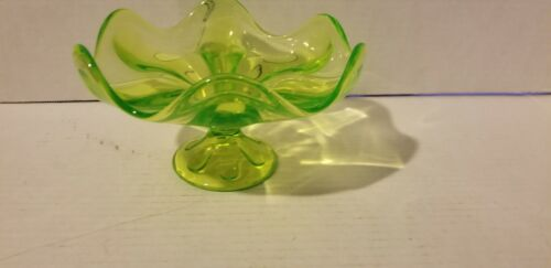 Vintage Green Vaseline Uranium Glass Pedestal Bowl Compote Centerpiece