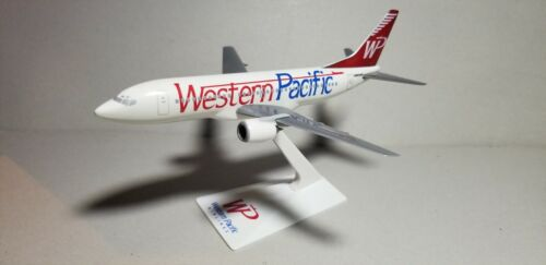 FLIGHT MINATURE WESTERN PACIFIC 737-300 1:200 SCALE PLASTIC SNAPFIT MODEL