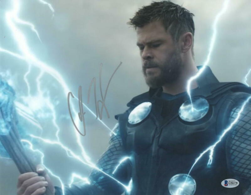 CHRIS HEMSWORTH SIGNED THOR AVENGERS INFINITY WAR ENDGAME AUTOGRAPH BECKETT E