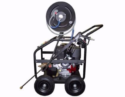 Pressure washer Briggs & Stratton petrol engine pressure cleaner