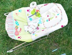 Fisher-Price Vibrating Soothing Sleepy Bouncer Friends Comfy Time