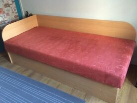 Single solid bed