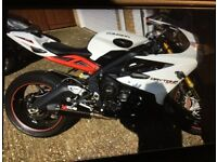 Daytona 675 R Triumph with ABS