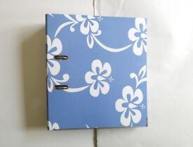 WHSMITH Blue Floral Hawaiian Freespirit Roxy Style Back-To-School Lever Arch File Folder NWT £4 ONO