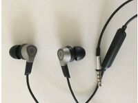 B&O PLAY BY BANG & OLUFSEN H3 EARPHONES.