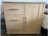 IN EXCELLENT CONDITION MAMA'S & PAPA'S 4 DRAWER DRESSER