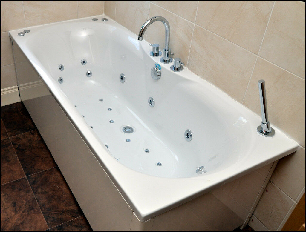 Whirlpool Bath & Air Spa - Phoenix | in Lisburn, County Antrim | Gumtree