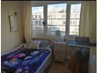 SHORT LET room next to Richmond Park