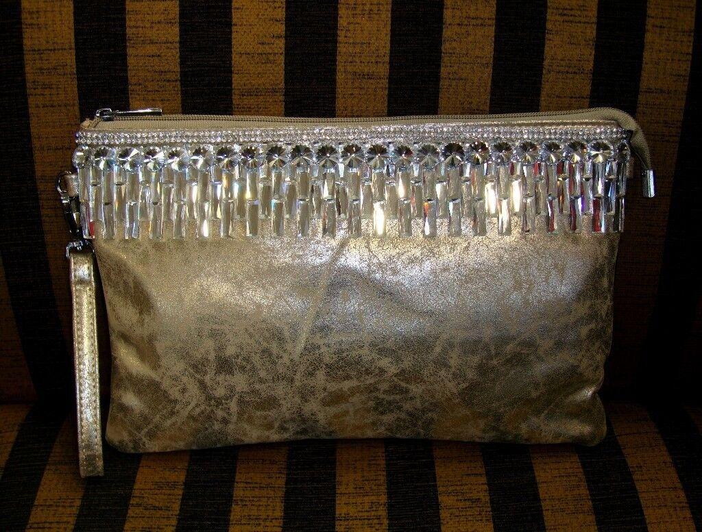 b9da67001926 Womens Gold Diamante Evening Purse Christmas Present Party Clubbing Bag.  Enfield ...