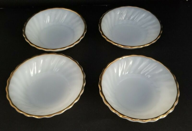 "Vintage Anchor Hocking Fire King Berry Dessert Bowls 4 Suburbia Gold Rim 5"""