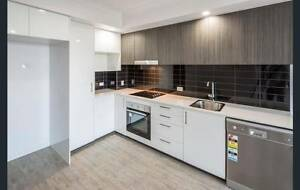 Nearly new 1bed 1bath apartment with great location Woolloongabba Brisbane South West Preview