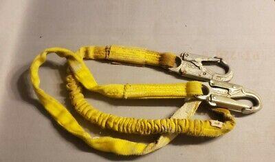 Miller Manyard. 219wrs-z76ftyl 6 Safety Shock Absorbing Lanyard