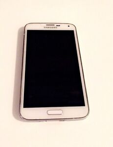 Samsung S5 - 16GB - Bell - Used