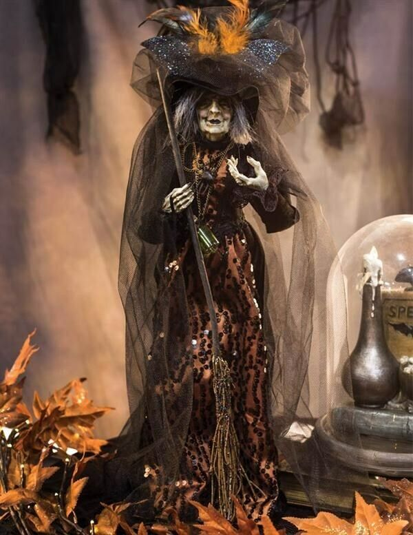Victorian Trading Co Halloween Salem Witch Figurine Doll