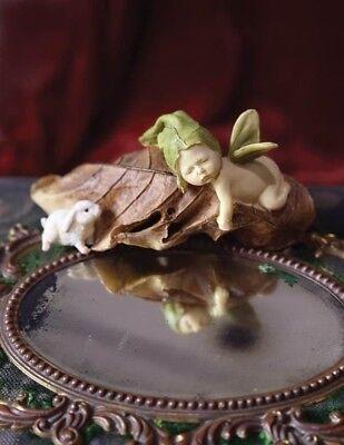 Victorian Trading Co Sleeping Sprite Fairy with Bunny Figurine Free Ship NIB