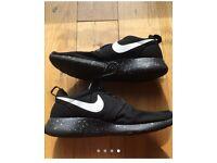 Nike roshes runs