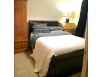 Double bedroom in professional house Oldfield Park Bath