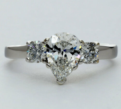 Diamond Engagement Ring 18k White Gold 1.10ct Fvs Pear 2 Round Brilliant 1.50ctw
