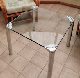 Glass & chrome coffee table