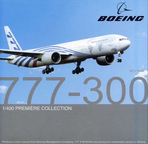 RARE Boeing 777-300ER 1:400 Scale Model Aircraft showing the world map #55583 from Dragon Wings