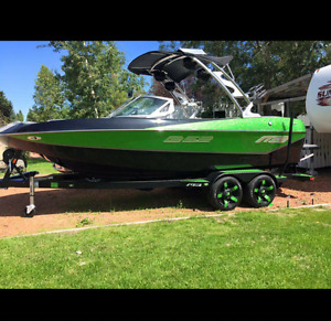2016 MB B52 21 BOAT FOR SALE