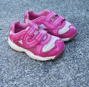 4 Lot de chaussures fille