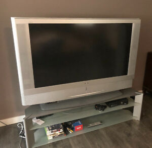 "2004 50"" Sony Wega Projection TV and Stand"