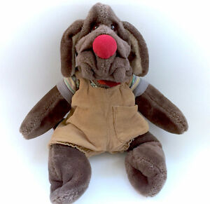 Vintage WRINKLES Brown Dog With Collar Tag Clothes Complete 1981